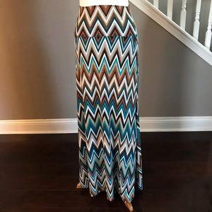 NWOT Vanilla Bay Long Skirt